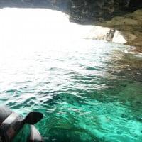 Agua cristalina en costa de Ibiza