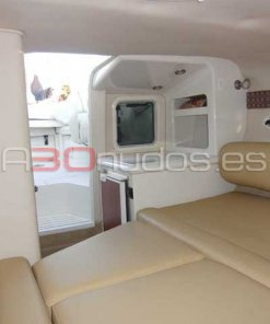 Interior Cucumber Monterey 268 Sport Cabin