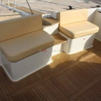 Alquiler de barcos en Ibiza de gran eslora Ferretti 460