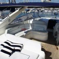 Detalle del yate de alquiler en Ibiza