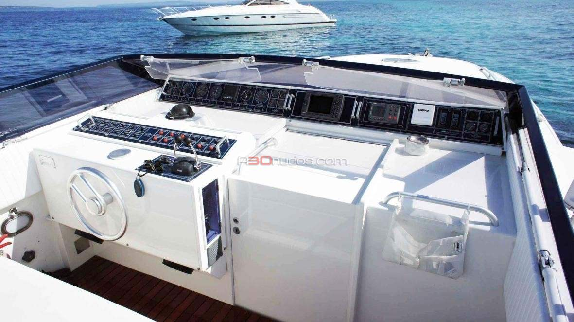 Alquila un barco en Ibiza y Formentera