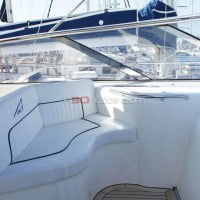 Asiento acompañante del yate Sunseeker Camargue 47