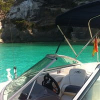 barco de alquiler en Cala Saona