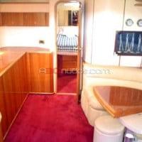 Interiores del barco de alquiler de A30nudos.com