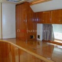 Detallados acabados interiores en madera
