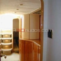 Interior del barco de A30nudos.com