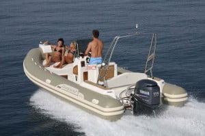 03.- Una embarcacion comoda y asequible