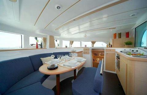 Catamarán Lagoon 380