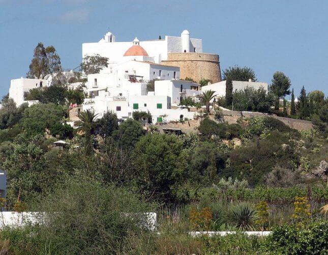Puig de Missa, en Santa Eularia des Riu